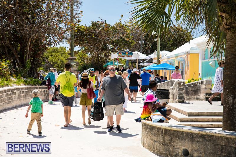 Horseshoe Bay Good Friday Bermuda April 19 2019 (1)