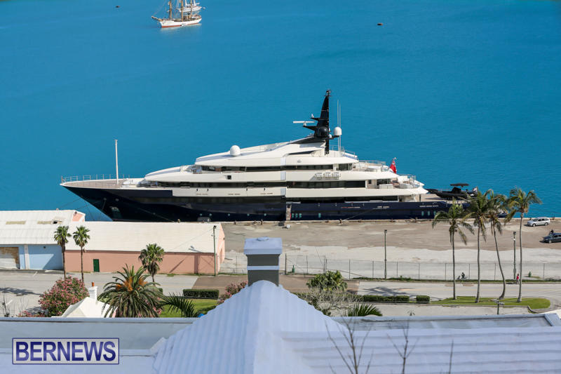 superyachts-in-bermuda-for-slider-26