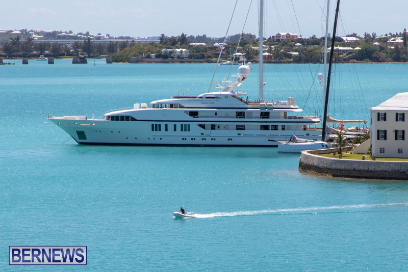 superyachts-in-bermuda-for-slider-31