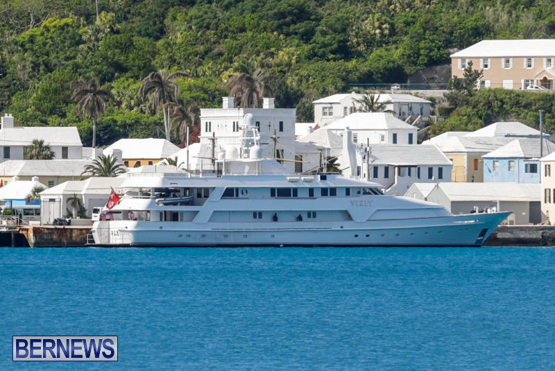 superyachts-in-bermuda-for-slider-37