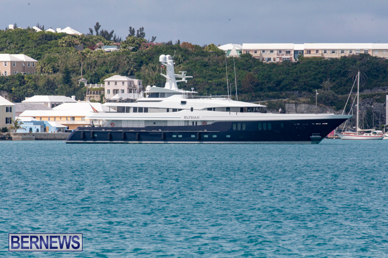 superyachts-in-bermuda-for-slider-5