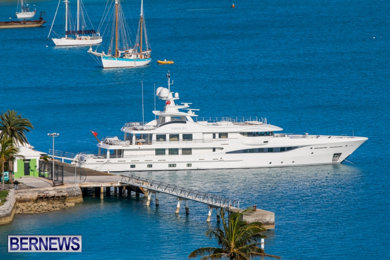 superyachts-in-bermuda-for-slider-8