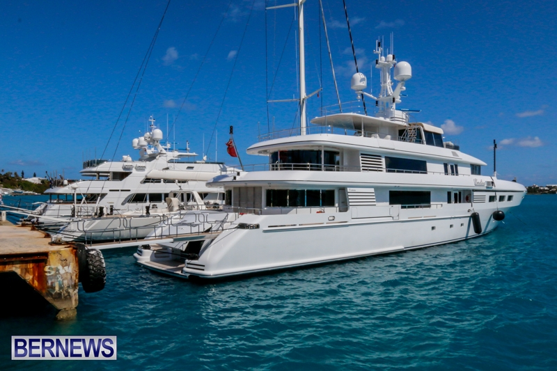 superyachts-in-bermuda-for-slider-9
