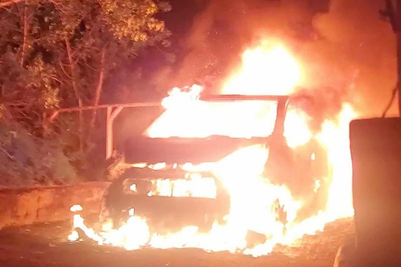 Vehicle Fire Bermuda June 11 2020 (1)