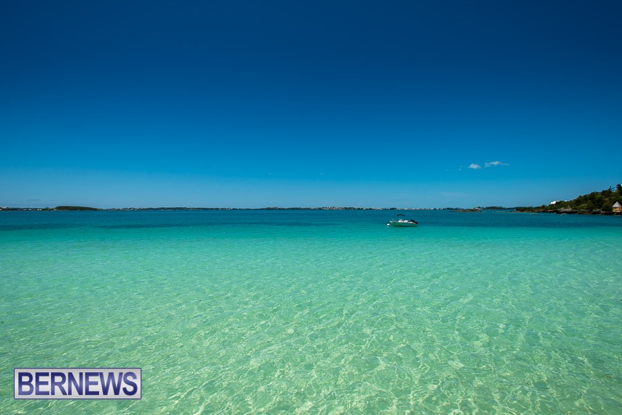 851 - Gorgeous blues of Bermuda's waters on a glorious calm day
