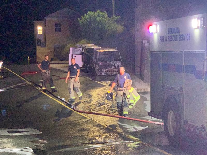 Car Fire Bermuda Aug 7 2020 (6)