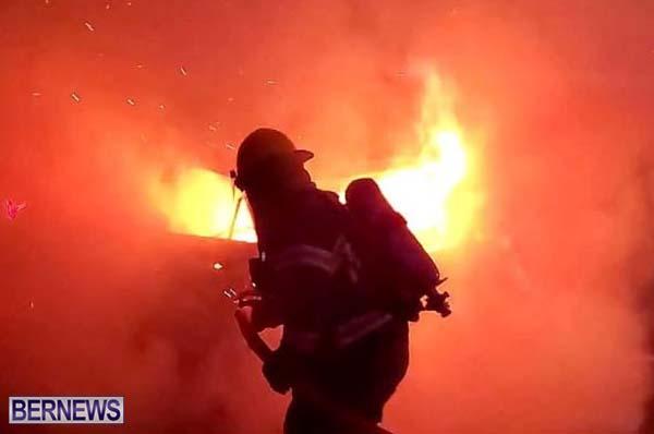 Car Fire Bermuda August 2020 31 (8)