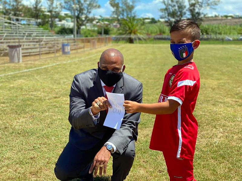 Minister Hayward Donates To NVCC Bermuda 4