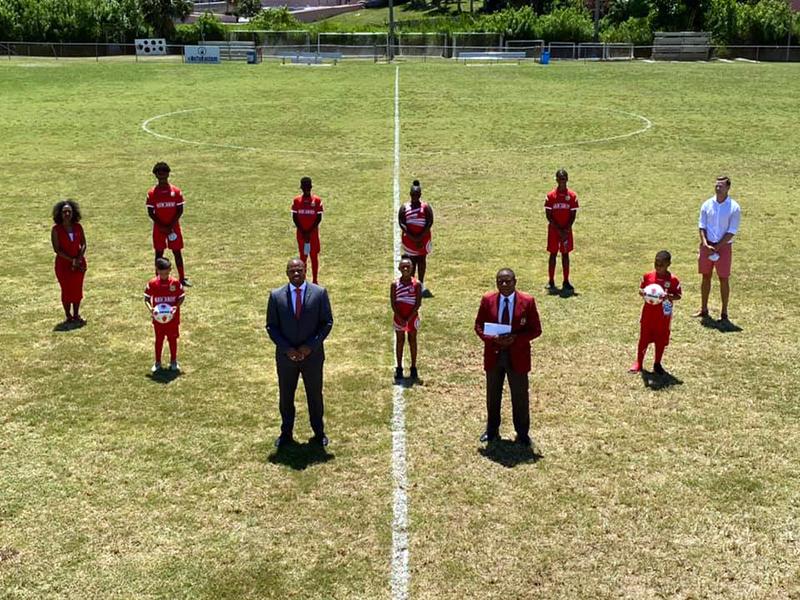 Minister Hayward Donates To NVCC Bermuda 6