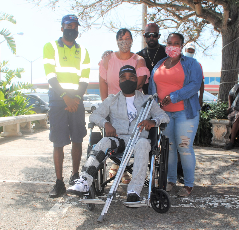 Injured Soldier Comes Home To Hero's Welcome Bermuda Sept 2020 (3)