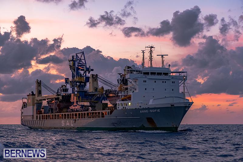 Tug-Boats-Bermuda-Sept-27-2020-15