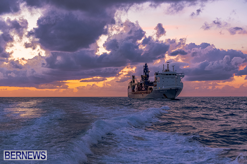 Tug-Boats-Bermuda-Sept-27-2020-17