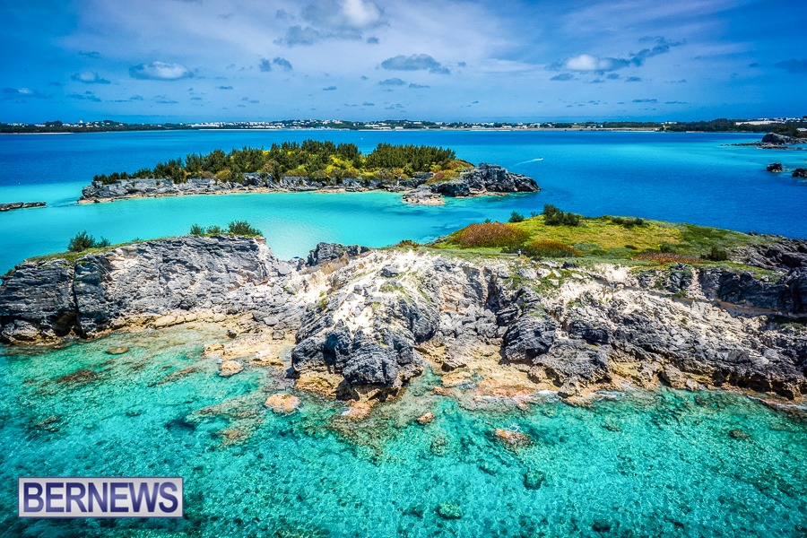 910 - The amazing shades of Bermuda's blue waters are endless