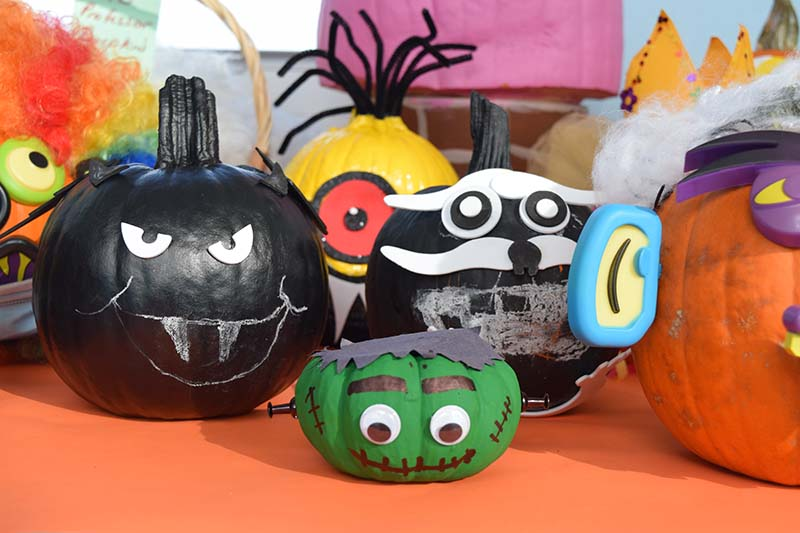 Pumpkin Decorating Display At MSA Bermuda Oct 2020 7