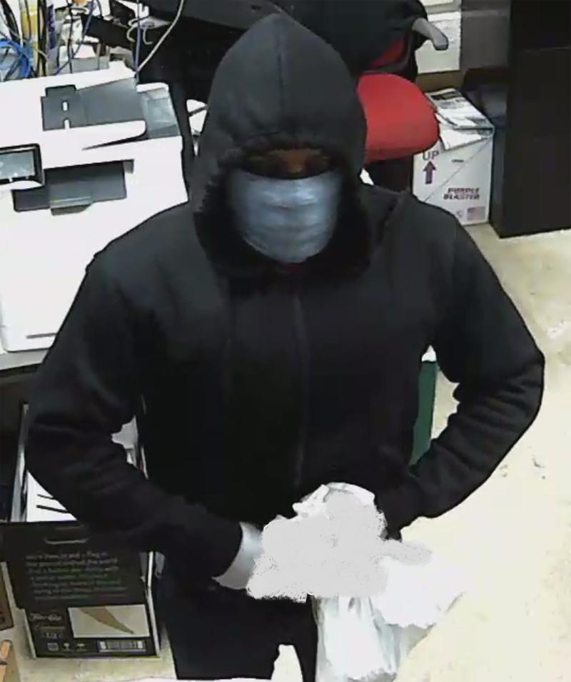 Armed robbery suspect Bermuda Nov 2020 (2)