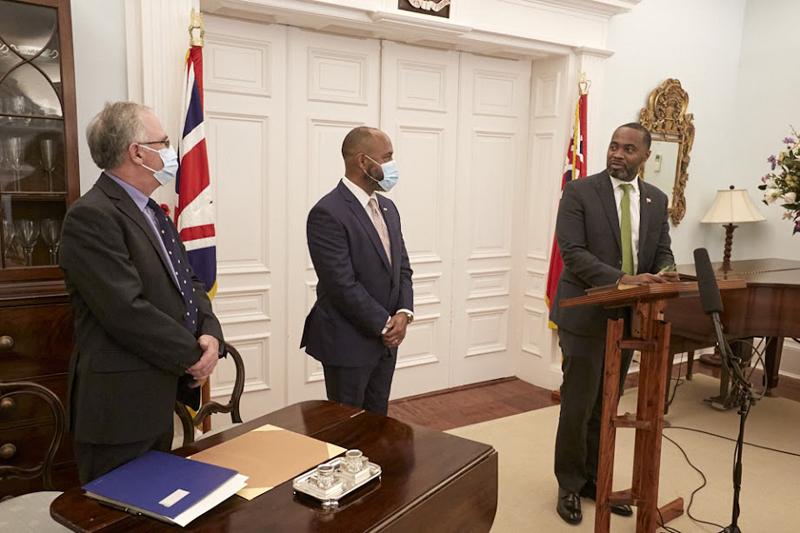 Dr Ernest Peets Sworn In As Minister Bermuda Nov 9 2020 (4)