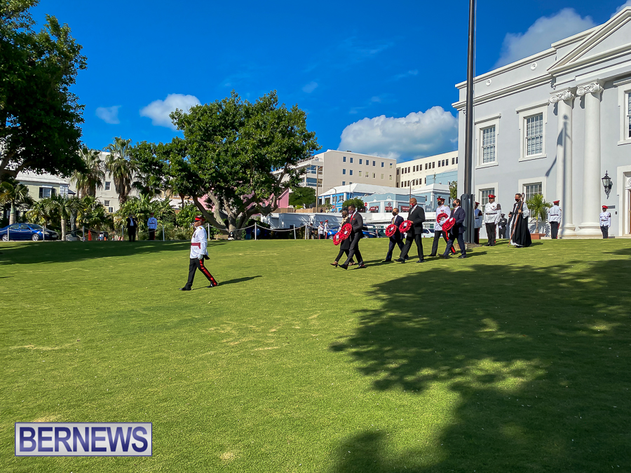 JM-Remembrance-Day-Bermuda-2020-ceremony-wreaths-10