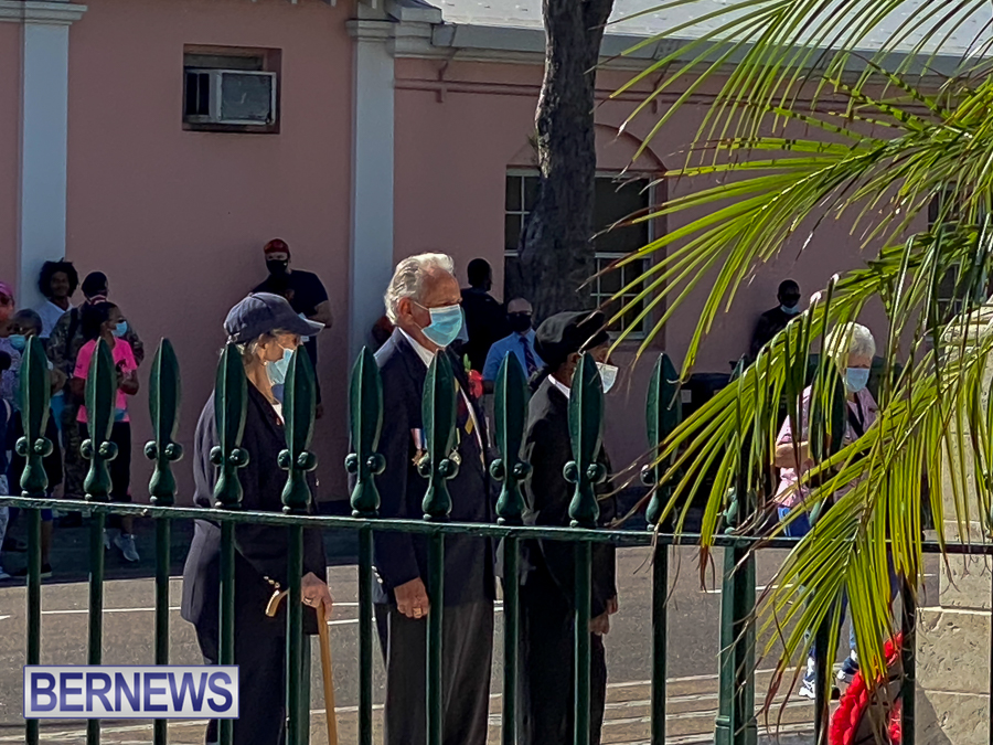 JM-Remembrance-Day-Bermuda-2020-ceremony-wreaths-14