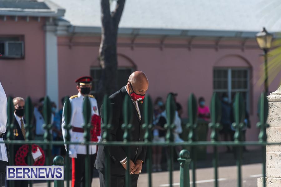 JM-Remembrance-Day-Bermuda-2020-ceremony-wreaths-2