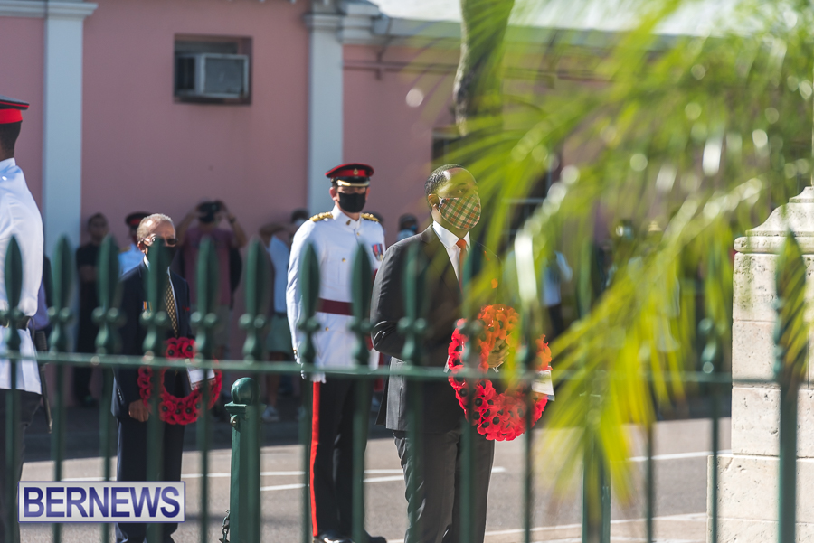 JM-Remembrance-Day-Bermuda-2020-ceremony-wreaths-37