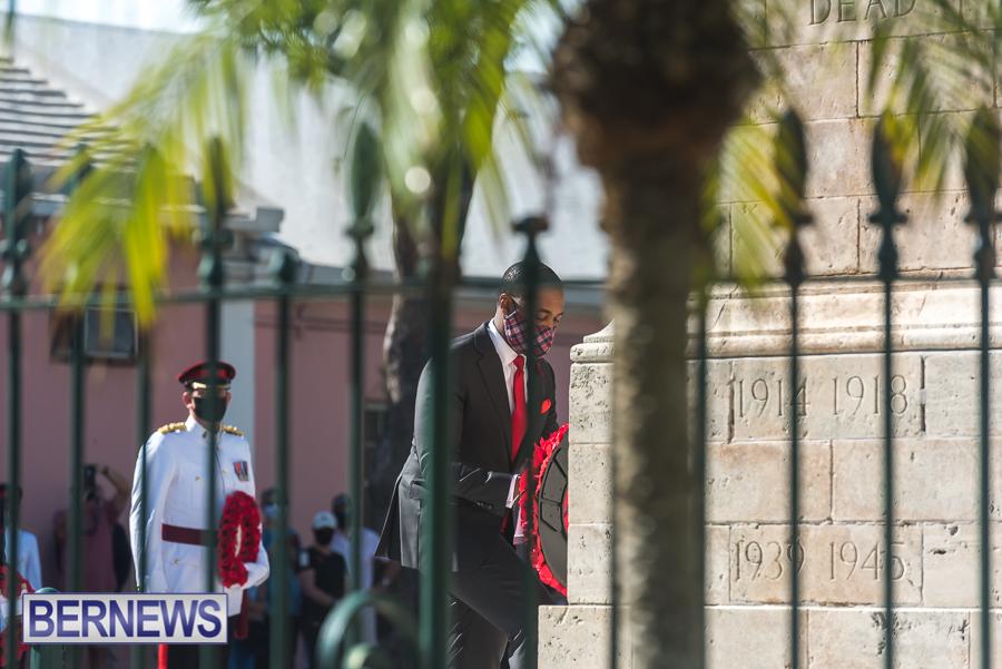 JM-Remembrance-Day-Bermuda-2020-ceremony-wreaths-40