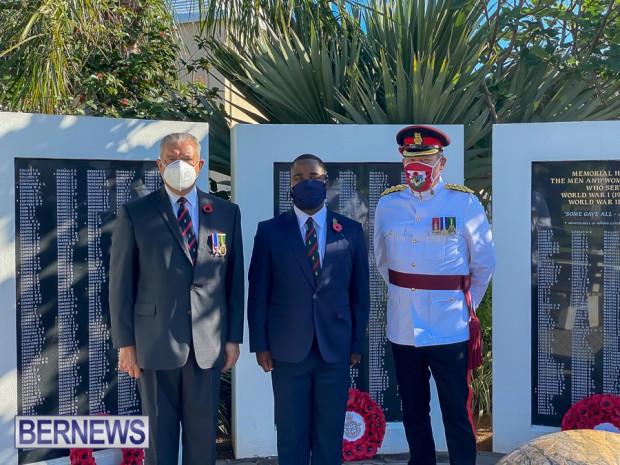 JM wreaths at Bermuda War Memorial in Hamilton 2020 Remembrance Day (12)