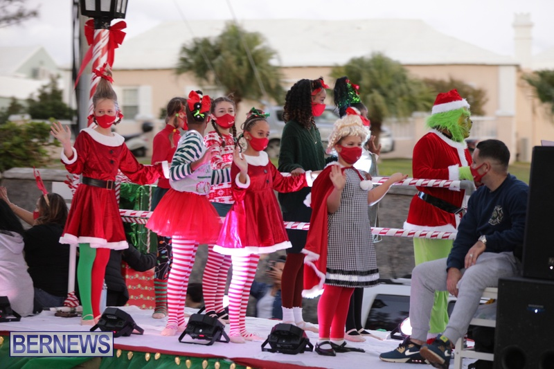 MarketPlace Driving Christmas Parade Nov 29 2020 Bermuda (11)