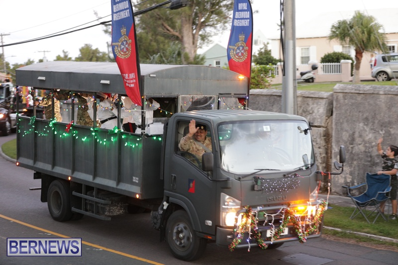 MarketPlace Driving Christmas Parade Nov 29 2020 Bermuda (5)