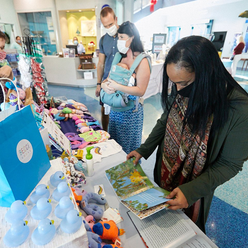 Minister Attends BUEI Christmas Craft Market Bermuda November 2020 3