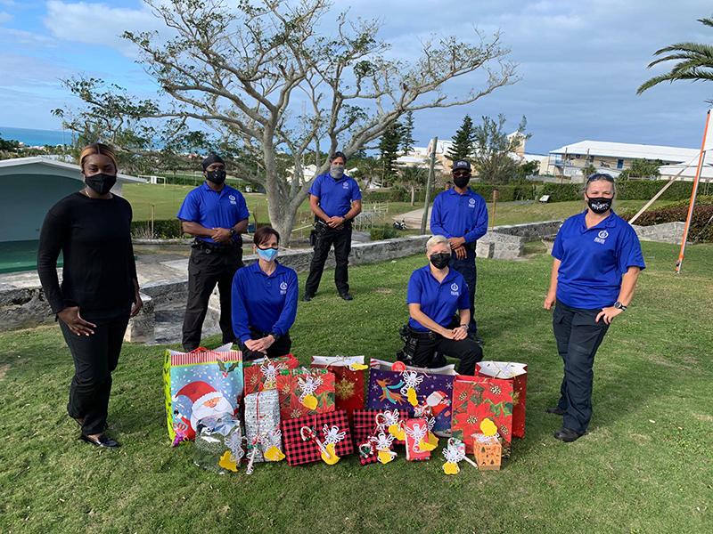 BPS Donate To Community Bermuda Dec 2020 1