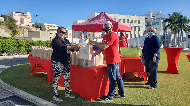 Bacardi Donates To Bartenders In Bermuda Dec 2020 1