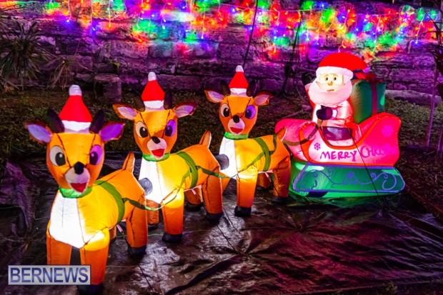 Bermuda St Georges Somers Garden Christmas Wonderland lights display 2020 holiday JS (3)