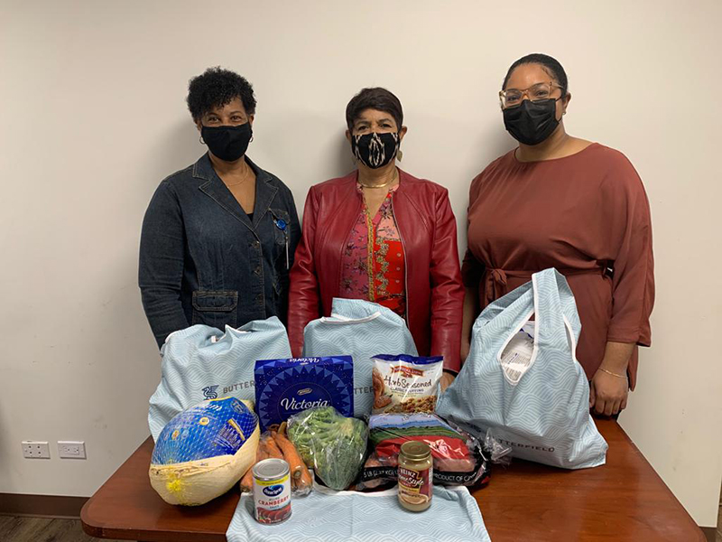 Butterfield Employees Donates Holiday Hampers Bermuda Dec 2020 2
