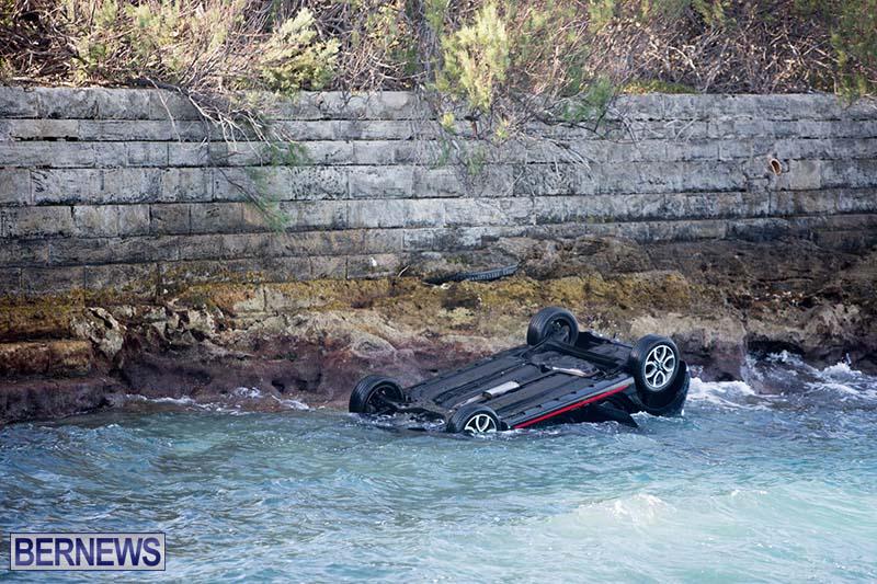 Car Overturned West End Sailboat Club Bermuda Dec 2020 7