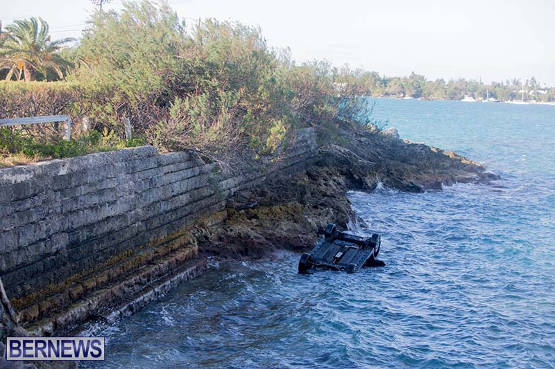 Car Overturned West End Sailboat Club Bermuda Dec 2020 9