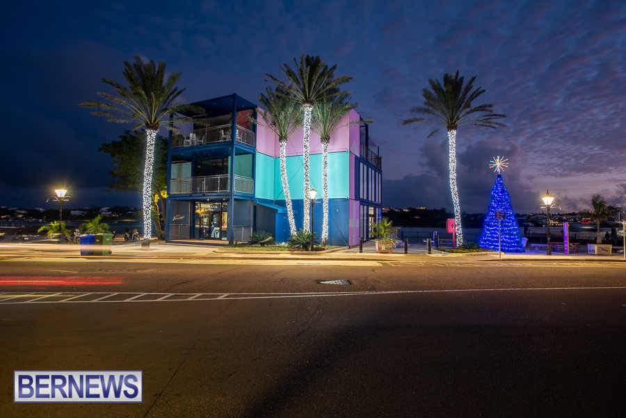 City of Hamilton Bermuda Christmas lights decorations Decemver 2020 JM (6)