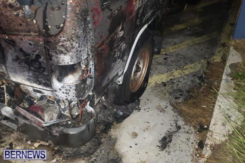 Fire at Curving Avenue Bermuda Dec 14 2020 (5)