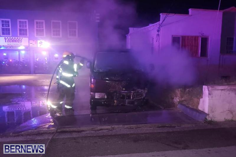 Fire at Curving Avenue Bermuda Dec 14 2020 (7)