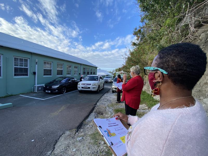 Francis Patton Primary Christmas Drive Through Bermuda Dec 2020 (2)