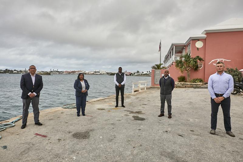 Minister David Burch press conference Bermuda Dec 2020 (4)