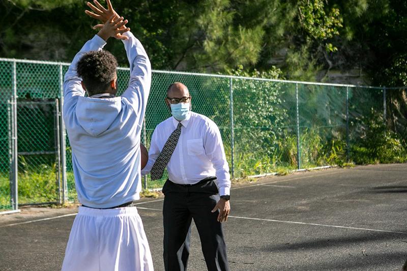 Minister Peets Basketball Bermuda Dec 23 2020 (2)