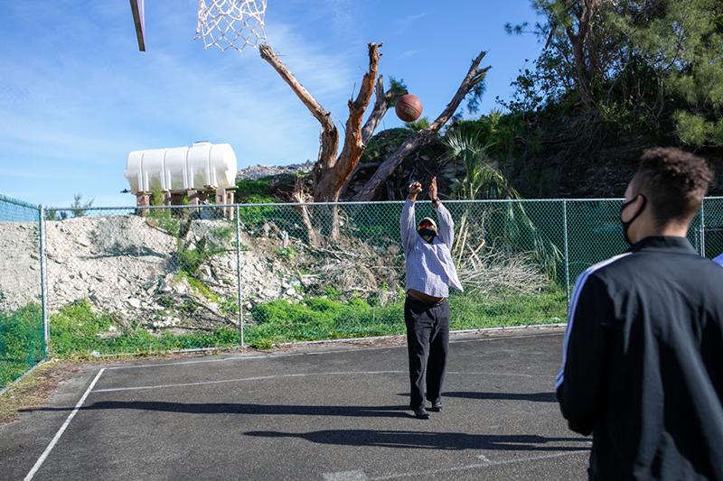 Minister Peets Basketball Bermuda Dec 23 2020 (3)