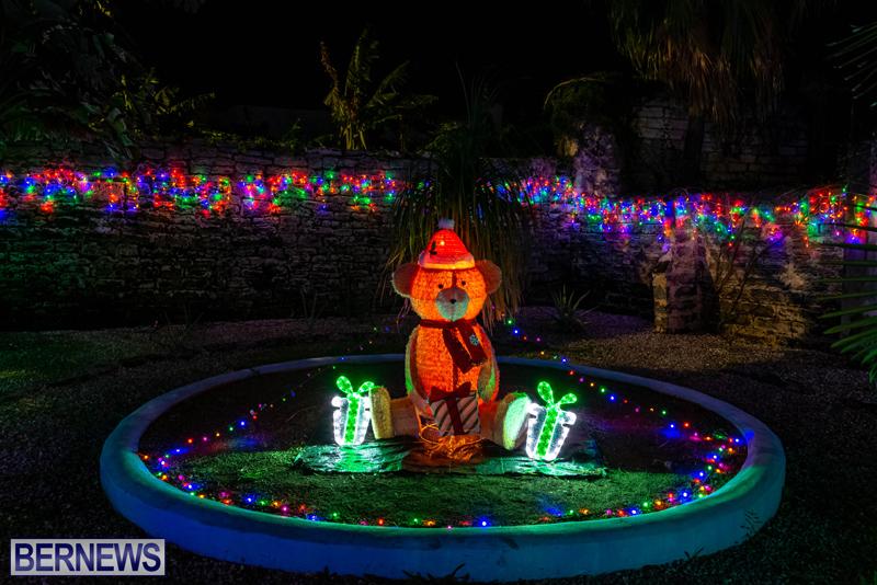 Somers Garden Christmas Lights Bermuda Dec 2020 (1)
