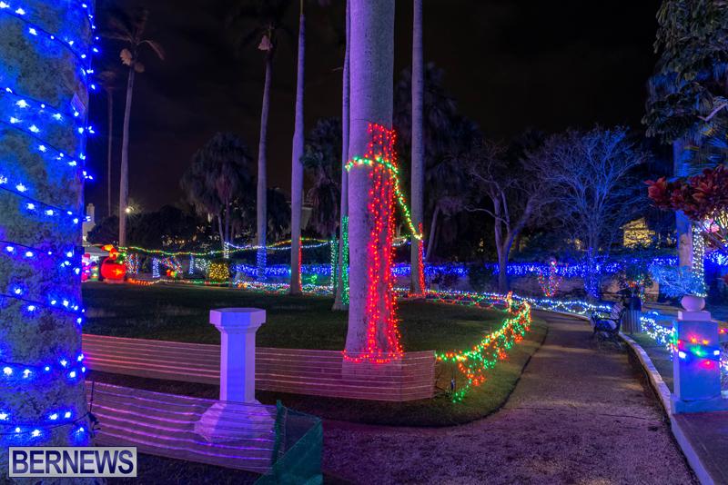 Somers Garden Christmas Lights Bermuda Dec 2020 (2)