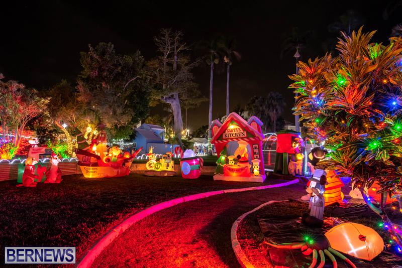 Somers Garden Christmas Lights Bermuda Dec 2020 (4)