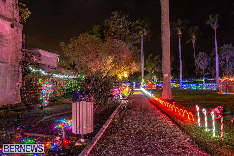 Somers Garden Christmas Lights Bermuda Dec 2020 (8)