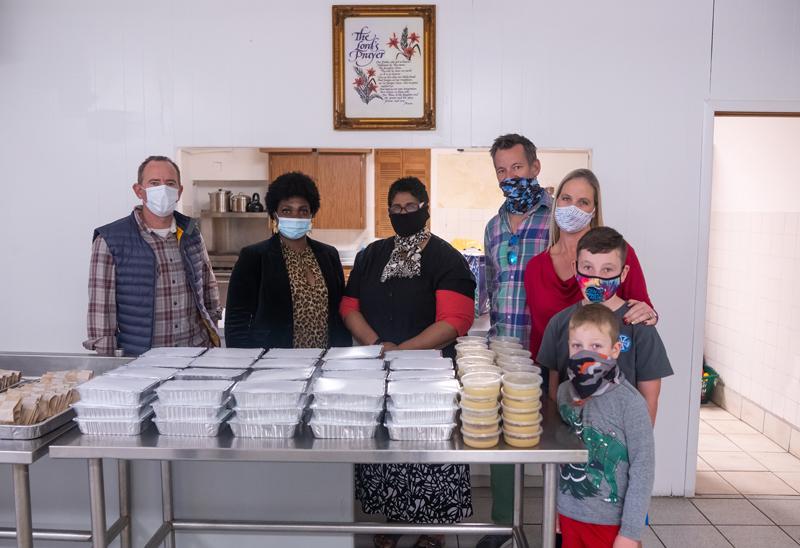 Take Five Ltd Donates 500 Meals Bermuda Dec 2020 (1)