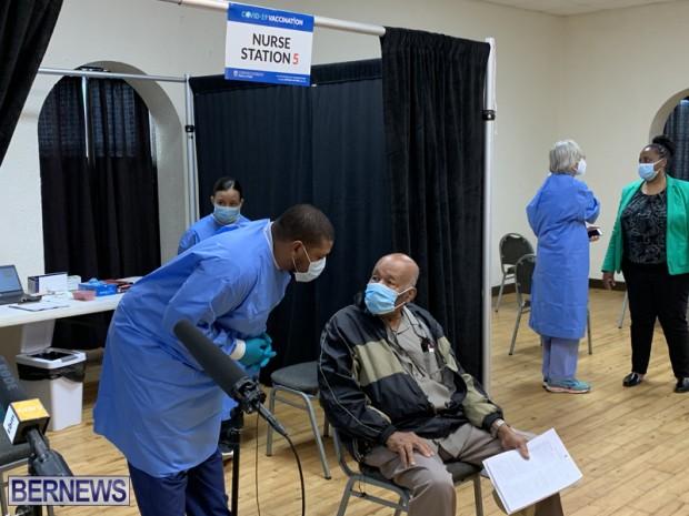 Covid Vaccination Bermuda Jan 11 2021 (6)