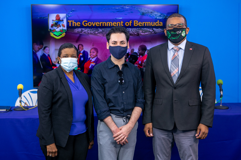 Dr Phyllis Curtis Tweed, Minister Diallo Rabain and Alex Pacheco Bermuda Feb 2021