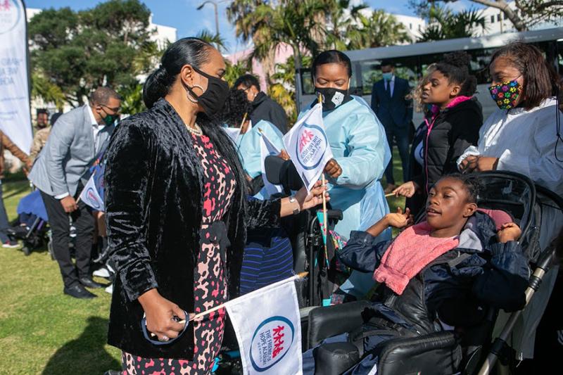 Dame Marjorie Bean Hope Academy Students Visit Cabinet Bermuda March 2021 (6)